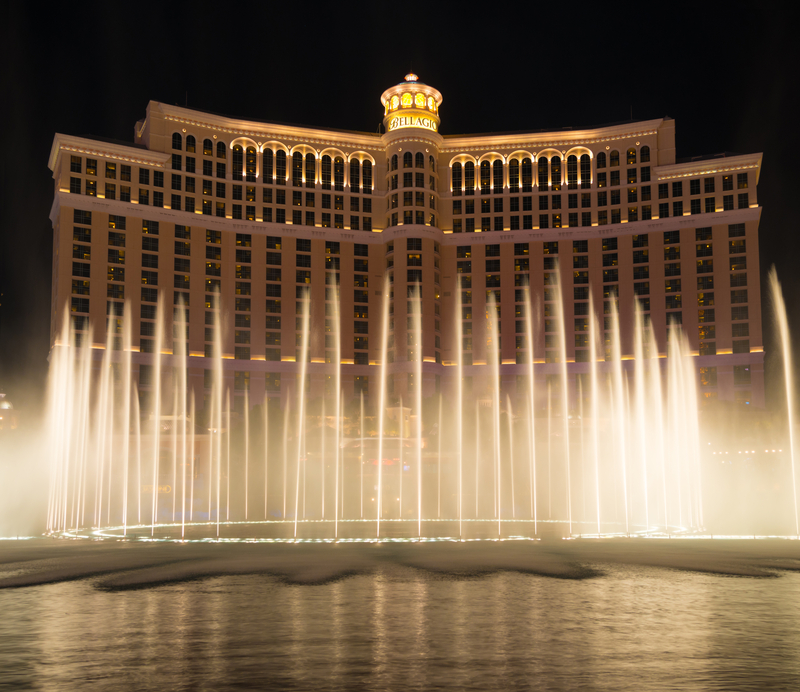 © Miflippo | Dreamstime.com - Bellagio Resort Water Fountain Show At Night Photo
